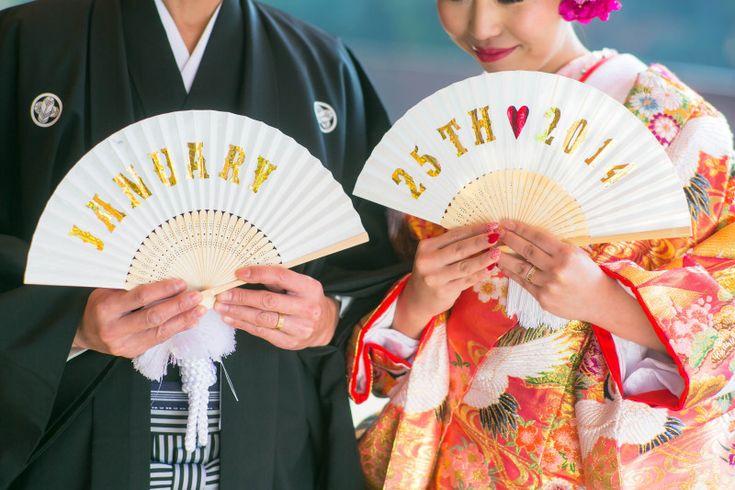 和装の前撮りにはコレ♡はんなり可愛い【扇子プロップス】DIYデザインまとめ*にて紹介している画像