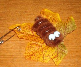 Girl Scout Swaps Fall Autumn Leaf Wooly Caterpillar (modify slightly- maybe small Pom-Poms instead of pipe cleaners).
