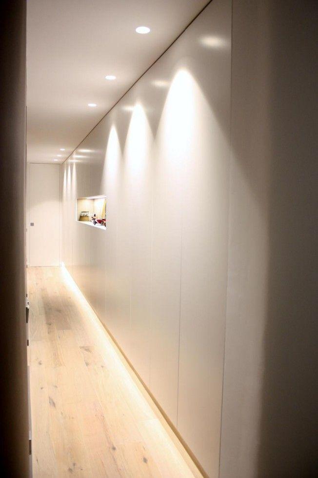 ARMARIO PANELADO -  me gusta las puertas del armario y las luces empotradas para iluminarlo