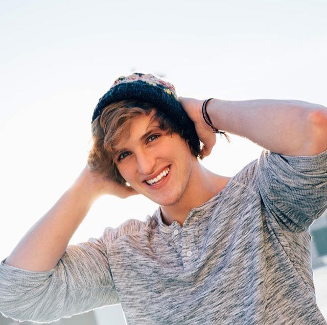 That smile!! Logan Paul.