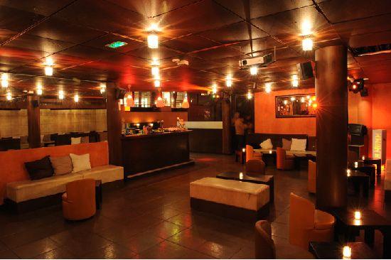 """Le """"Bizen"""" est un restaurant et un club proposant différents programmes correspondant aux envies et aux événements de chacun !  #club #restaurant #lebizen #paris"""