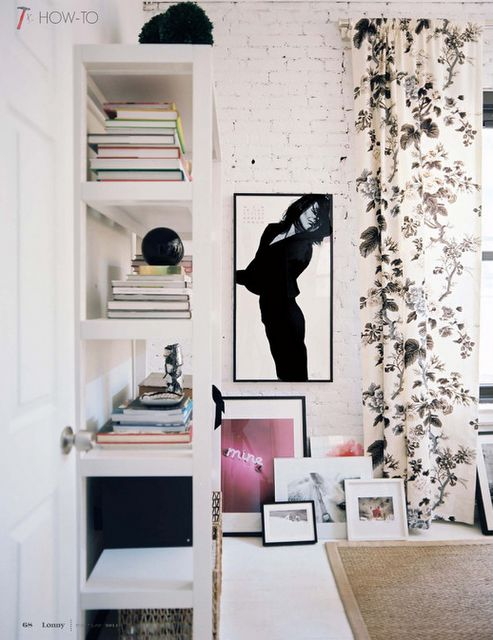 White Bricks, Curtains, Home Interiors, Offices, Bricks Wall, Design Interiors, Interiors Design, Living Room, Design Home
