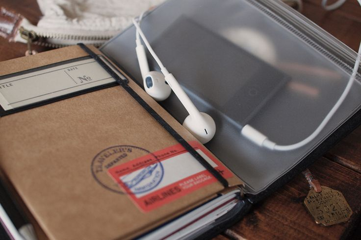 TRAVELER'S notebook with music