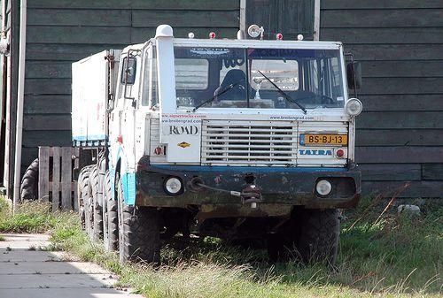 1974 Tatra T813