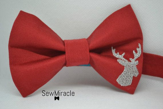 Men's Bow tie Christmas bow tie Reindeer Gift for by SewMiracle