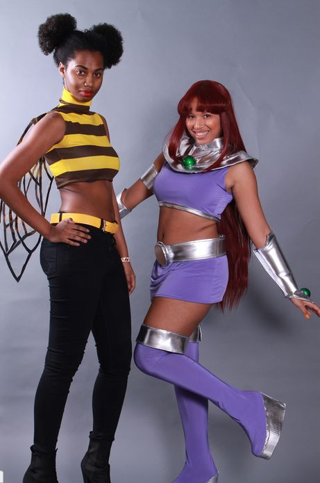 Bumblebee and Starfire cosplay - by professional amazon and arsenic cupcakes