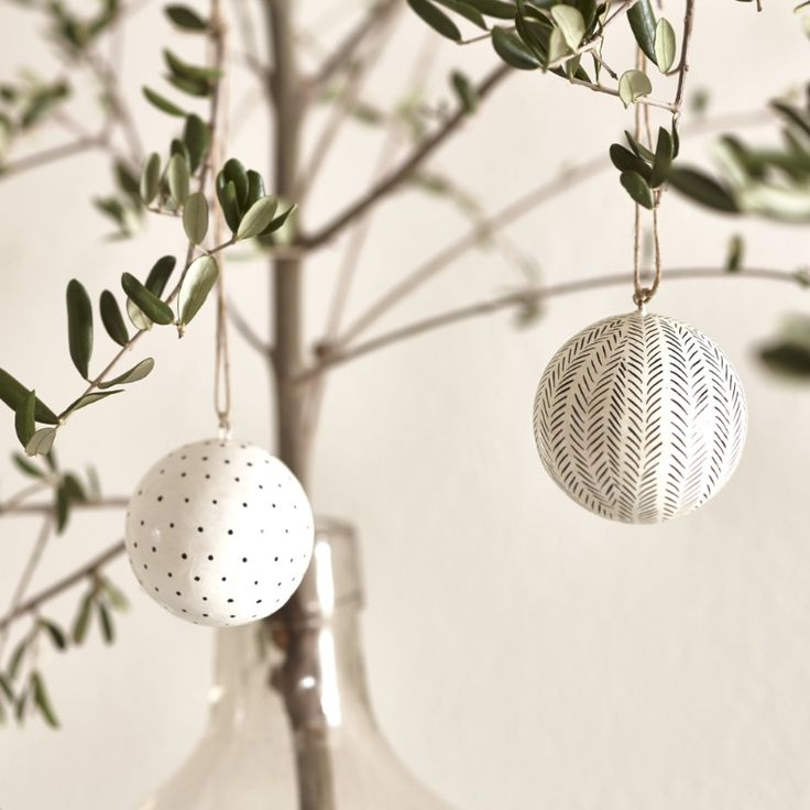 ... Christmas decorations, Gift wrapping and Alternative christmas tree