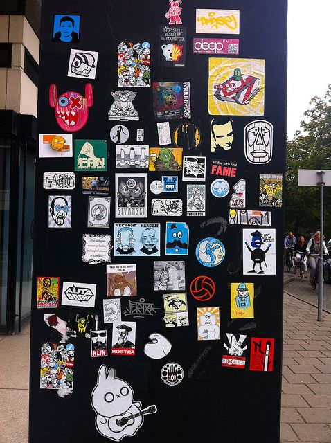 Sticker street art @ Zeehelden