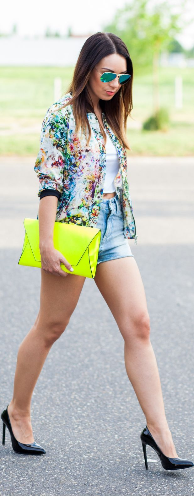Love the jacket and the neon purse, would match more with jeans not shorts though. #fashion #clutch #heels