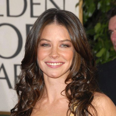 Evangeline Lilly wiki, affair, married, Lesbian with age, height, actress
