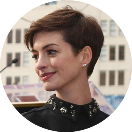 Anne Hathaway Short Hair February 2017