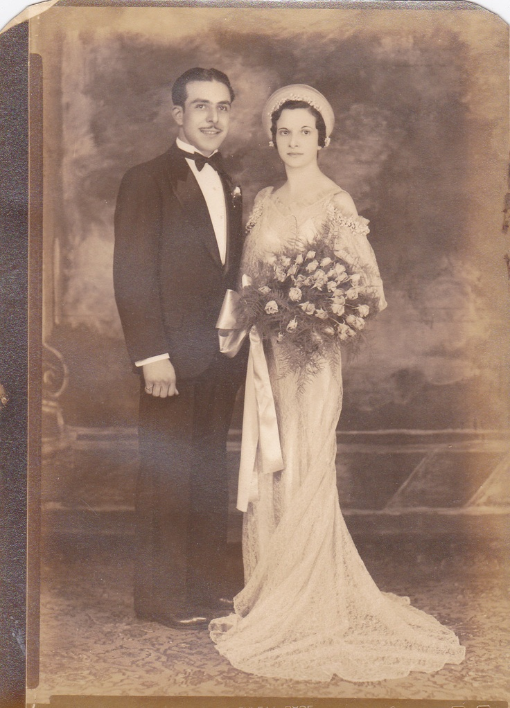 +~+~ Antique Photograph ~+~+   Elegant Couple on their wedding day.