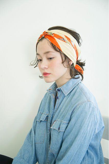 【Prahaアレンジ2】ファッションもアップデートするスカーフを使ったアレンジ│ボブ&アレンジ│SPUR.JP