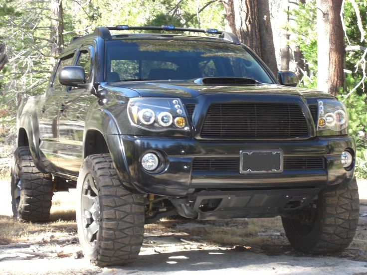 TacticalToy's 2005 Toyota Tacoma - UH DROOLING!!!! I WANT THIS TRUCK.... just in silver....