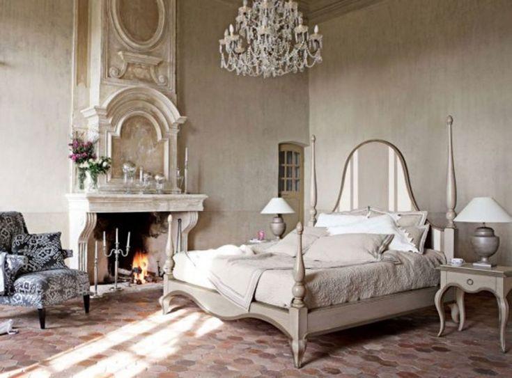 Caminetto installato in una camera da letto arredata in stile moderno - fire place in modern bedroom
