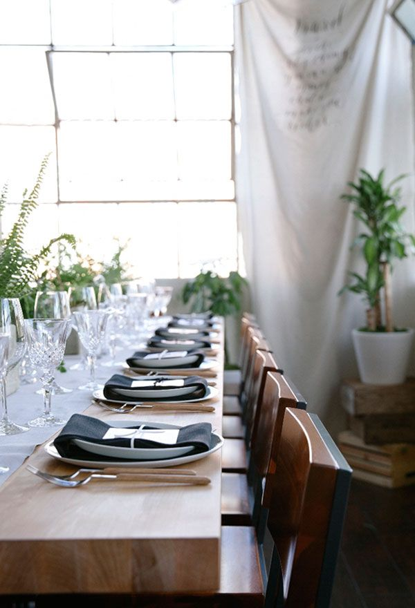 How to Throw the Ultimate Dinner Party - Apartment 34
