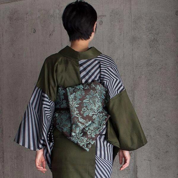 帯結びアレンジも自在にできる兵児帯の長さは450cm 兵児帯〈ダマスク〉エメラルド子持ち紗紬〈Dizzy〉片身変わり #ろっこや #着物 #紬 #紗紬 #dizzy #兵児帯 #kimono #fashion #kimonocordinate #japan
