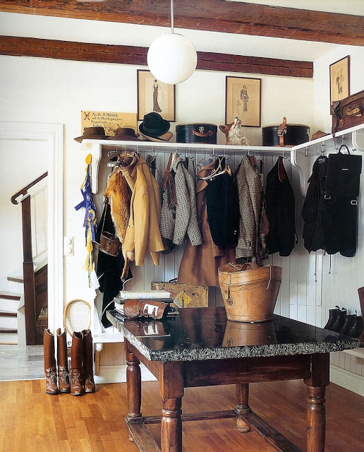 love the under the shelves coat hooks seems to hold a lot of weight mudroom idea home. Black Bedroom Furniture Sets. Home Design Ideas
