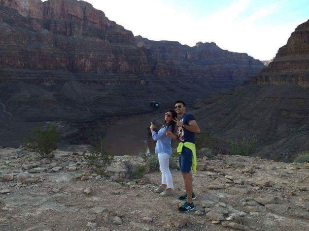 FOTO Simona Halep a vizitat unul dintre cele mai spectaculoase locuri din lume. Antrenorul Darren Cahill i-a fost alături | adevarul.ro