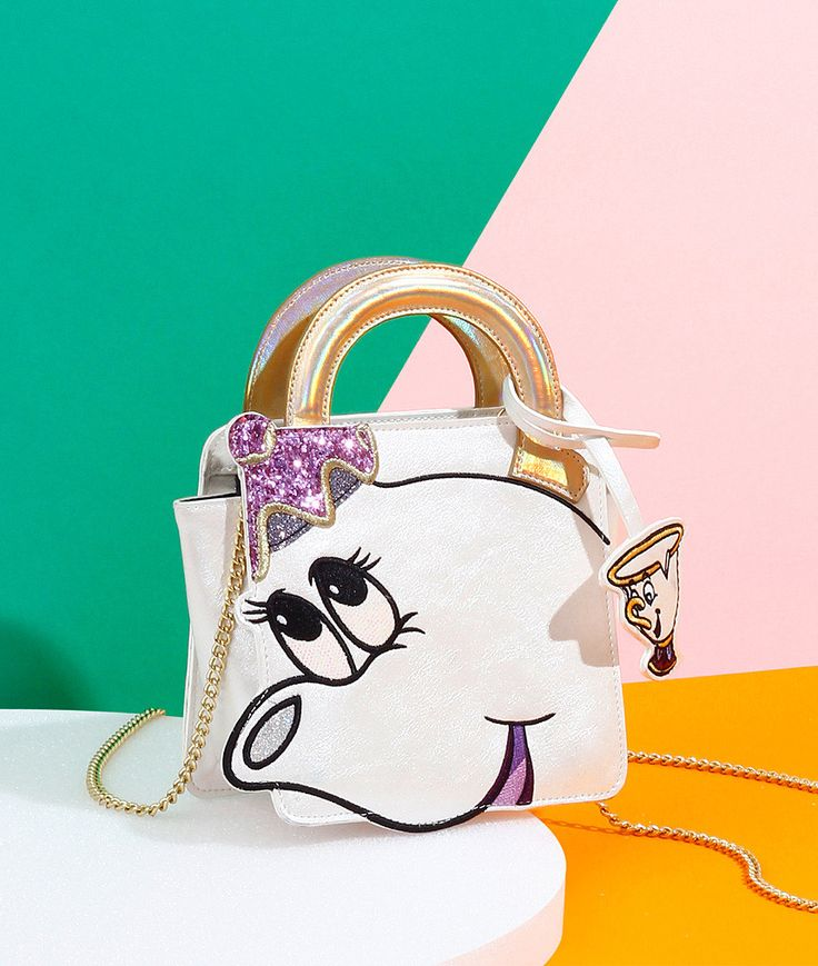 Danielle Nicole launched a new mini collection inspired by the 1991 classic film. Take a look at all the new Beauty and the Beast purses!