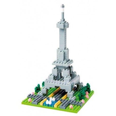 Setul de construcție nanoblock Turnul Eiffel din Paris conține peste 200 de piese cu dificultate de 2/5. Preț 119,99 lei. Nu este compatibil cu lego!