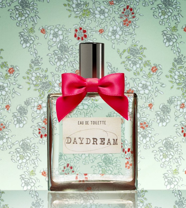 Love daydream so soft and not strong but you can still smell it.  #AerieFNO