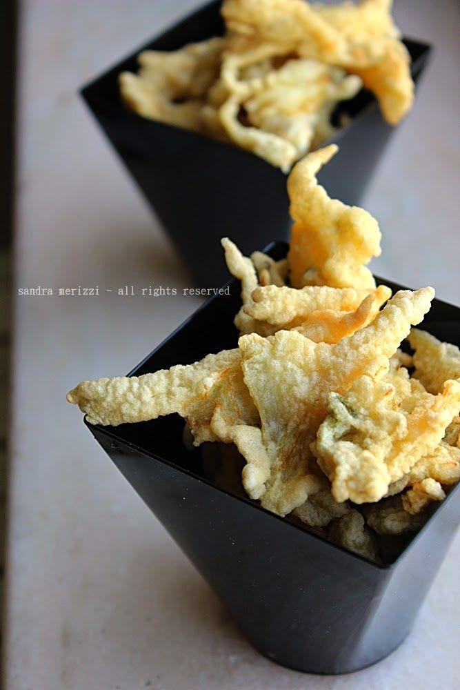 Le padelle fan fracasso: coste di bietole in pastella, with our Mini Dessert Cubino #Poloplast