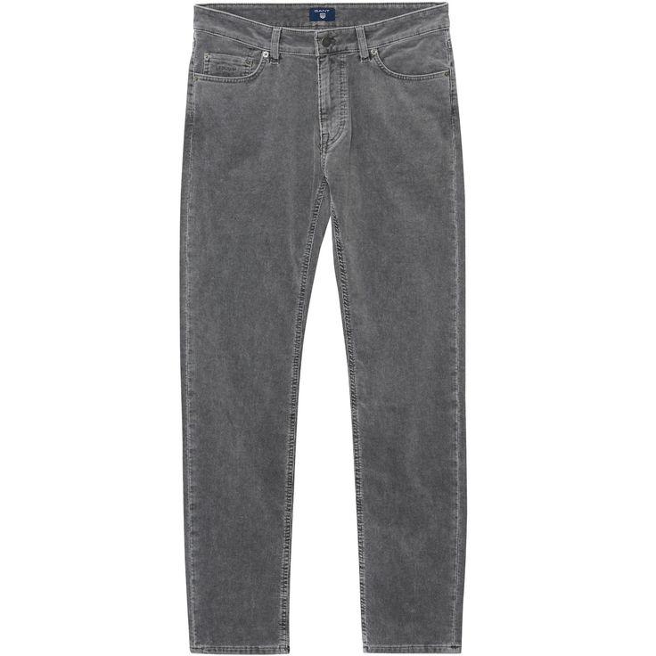 Unsere GANT Herren Slim Straight Stone Cord Jeans aus Stretch-Baumwolle ist in der Passform