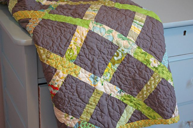 @Elizabeth Foss: how cool is this look? Love the twist of solid squares and patterned borders. And simple. Bet the kids could do this one.