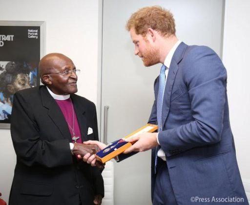 Photos: Prince Harry meets Desmond Tutu, confers the Queen's 'Companion of Honour' on him - http://www.thelivefeeds.com/photos-prince-harry-meets-desmond-tutu-confers-the-queens-companion-of-honour-on-him/