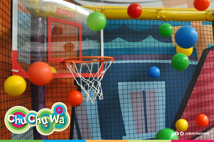 ¡Conoce nuestra nueva sección! ¡Una increíble alberca de pelotas con canasta de basquetbol, pasamanos y un divertido juego para que tus chilpayatit@s y sus amiguitos se cuelguen como changos! :D