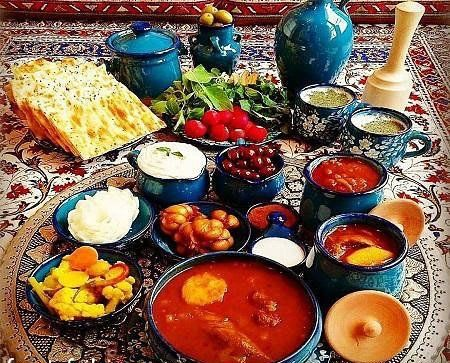 Dizi or Abgusht (meat and water in English) is one of the most delicious Iranian food.  #Iran #invitationtoiran  #peace #tourism