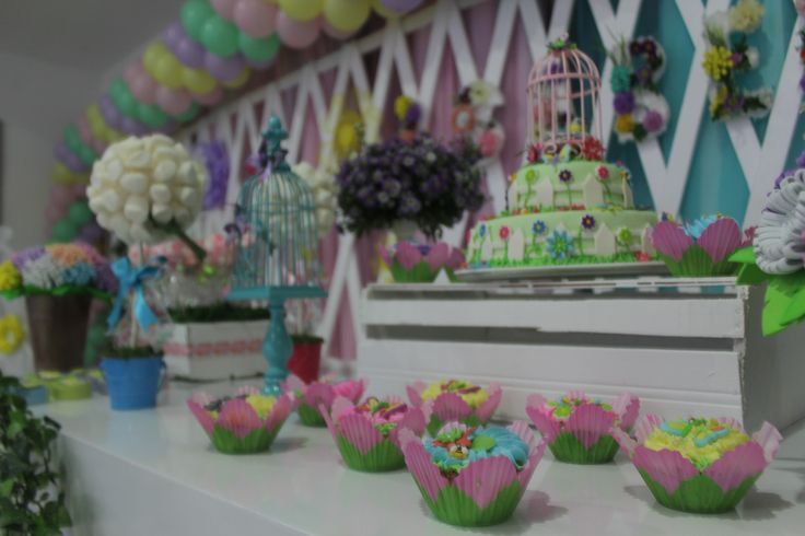 mesa de dulces fiesta jardin
