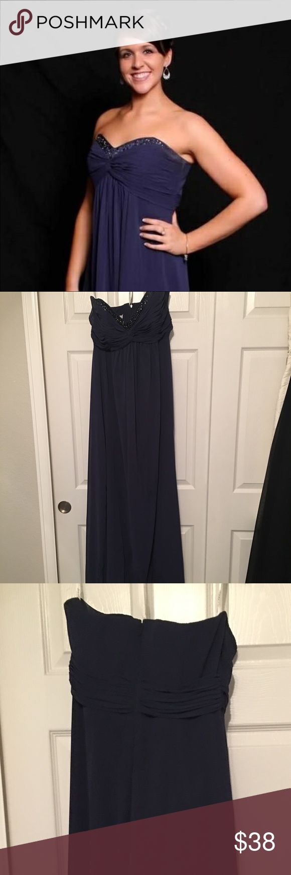 David's Bridal Dress Navy blue, David's Bridal brides maids dress. Some wear at arm pit, dry cleaning or even a spot clean would do the trick.  Great for prom, a wedding, or a ball. David's Bridal Dresses Strapless