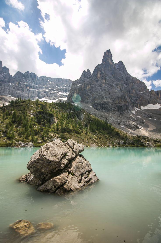 Lago di Sorapis. #cortinadampezzo #dolomiti #dolomites #cadore #canon70d #canon1018 #lagodimisurina #misurina #naturelovers #nature_perfection #lake #canon #colors