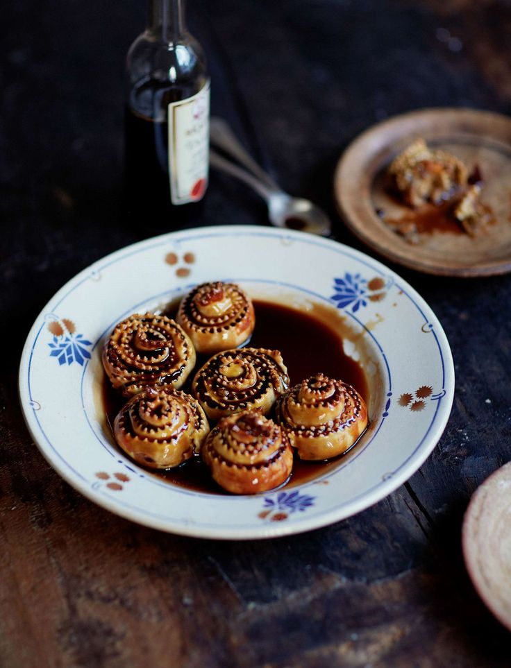 These m'pigliati (Calabrian mince pies) from Francesco Mazzei's Mezzogiorno: Francesco Mazzei Recipes from Southern Italy are beautifully moist when drenched with mosto cotto, They're perfect served with a glass of Marsala, and are a great sweet treat for friends and family during the afternoon.