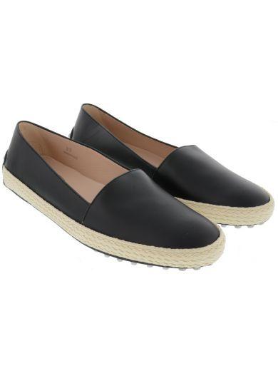 TOD'S Tod'S Gommino Slip On. #tods #shoes #tods-gommino-slip