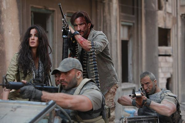 Saif Ali Khan and Katrina Kaif Starrer Phantom First Day Friday Box Office Collection | Singh Is Bliing