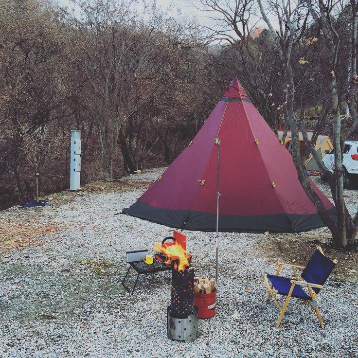 """""""겨울 캠핑  #강원도#캠핑#캠프#캠핑장#텐티피 #camping#wintertrip#camp#nature  #trip#landscape #photo#photoftheday  #foto #Paisaje#tentipi#zircon9light"""""""