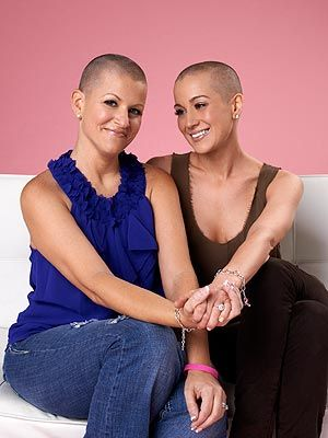 Kellie Pickler shaves her head to support cancer-fighting friend. http://stylenews.peoplestylewatch.com/2012/09/05/kellie-pickler-hair-shaved-for-friend/#