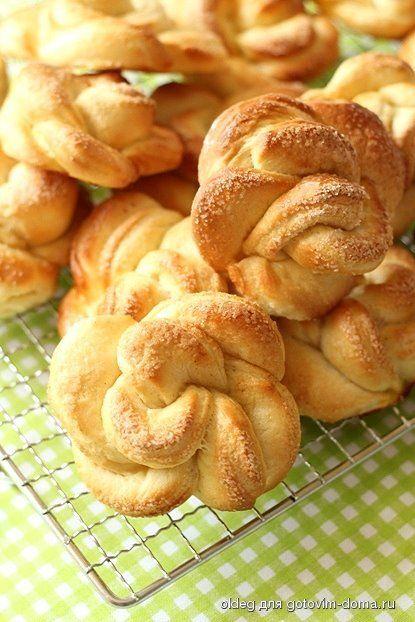 Имбирные булочки-розочки с корицей