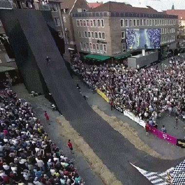 GIF Tsunami flip