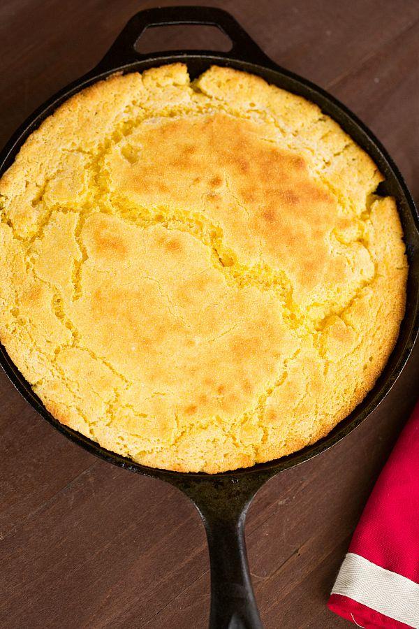 Skillet Cornbread | Recipe | Skillets, Bread recipes and ...