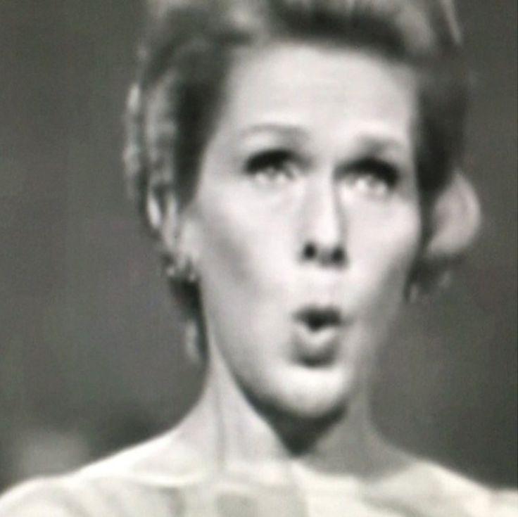 Elisabeth Schwarzkopf | Paris 1967, Richard Strauss, op27, n1 | #monkeymagic #marineconservation #cleanoceans #cleanbeaches #savetheanimals #abolishslaughterhouses #againstanimalcruelty #peta #meditation #meatismurder #yoga #vegetarian #vegan #rawfood #ayurveda #tcm #artisforever #friezeweek #FourthPlinth #friezelondon #elisabethschwarzkopf #richardstrauss #paris #1967 #opera #soprano #seashepherd #greenpeace #doctorswithoutborders #unicef