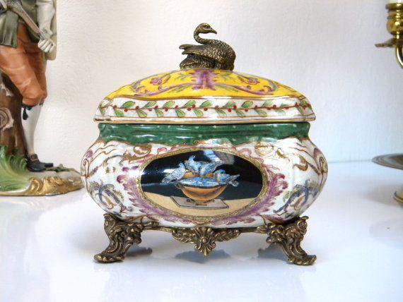 Wl 1895 Wong Lee Vintage Porcelain Amp Bronze Swan Hand