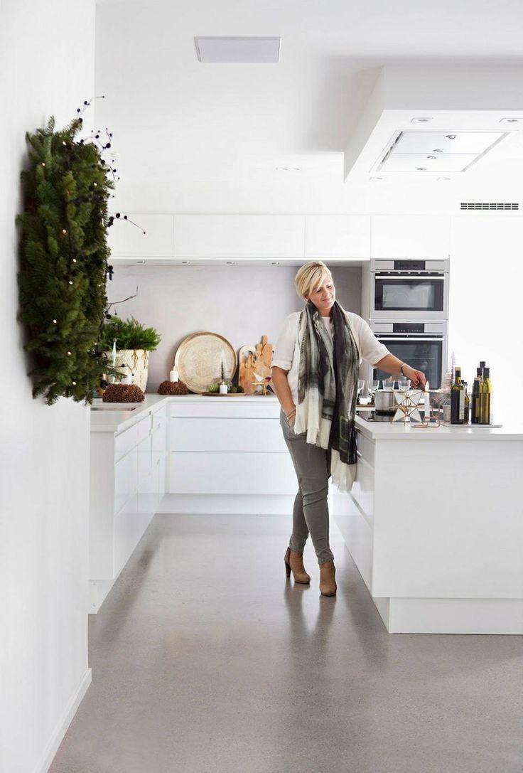 Kjøkken levert til kunde på Kråkerøy, Fredrikstad.  Kjøkkenmodell Sigdal Lido.  Fra reportasje i KK Living  Design: Nina Th. Oppedal, Fredrikstad.