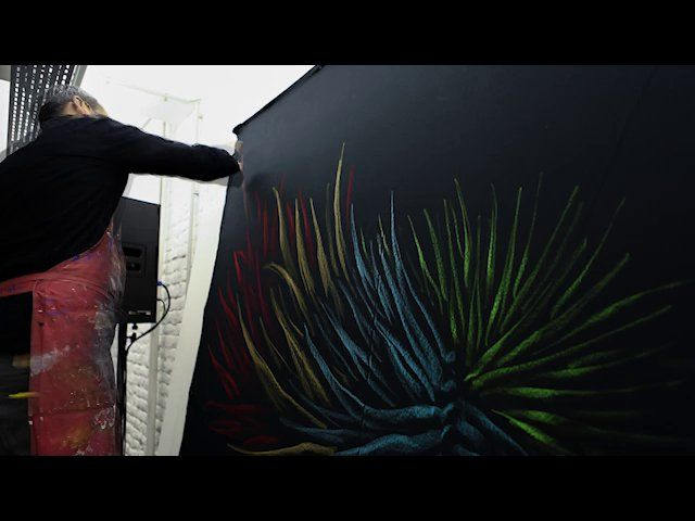 off the wall - with the artist : Julien Colombier on Vimeo