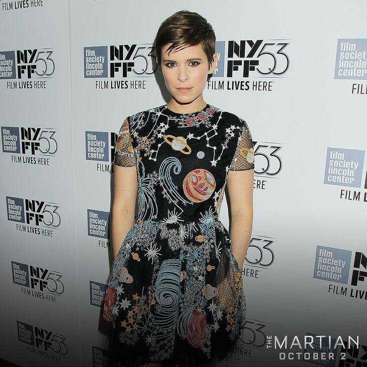 #TheMartian's @KateMara stuns on the red carpet at #NYFF.