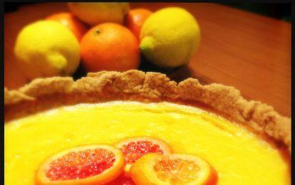 Crostata cioccolato e arance - Vi proponiamo una ricetta classica, quella della crostata, arricchita dall'unione del cioccolato e dell'arancia: l'esaltazione perfetta del gusto!