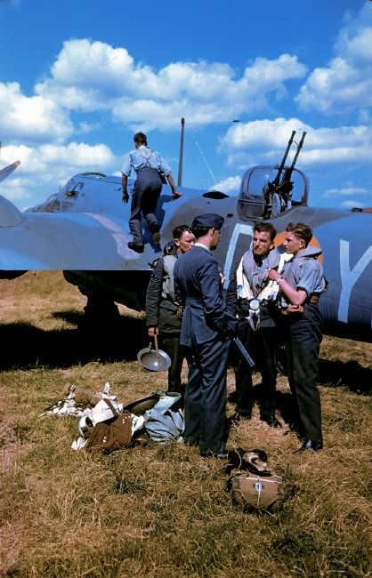 RAF 21Sqn crew stand next to their Bristol Blenheim Mk4 YH-D (photo by Robert Cappa)